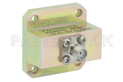 WR-51 Square Cover Flange to End Launch SMA Female Waveguide to Coax Adapter Operating from 15 GHz to 22 GHz